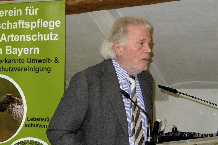 Enoch zu Guttenberg bei der Jahreshauptversammlung 2015 des VLAB in Walting/Oberbayern. Bild © Graf